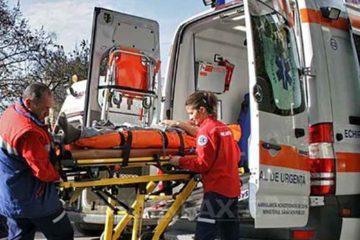Intervenții ale Ambulanței: un copil de 13 ani a fost lovit de o mașină pe trecerea de pietoni