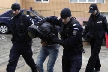 Condamnat pentru trafic cu produse toxice și nerespectarea regimului armelor, băgat după gratii
