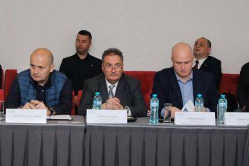 Conducerea Poliției Locale Roman a participat la o întâlnire legată de viitorul Polițiilor Locale și îmbunătățirea activității