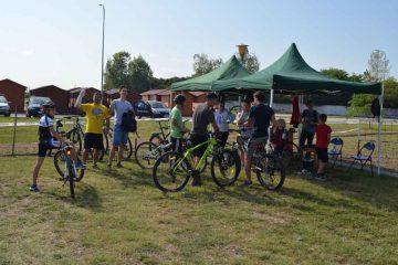 Ești din Roman și ești biciclist? Duminică, 7 aprilie, la Ștrandul Roman, convocare pentru…plimbare. Nu rata!