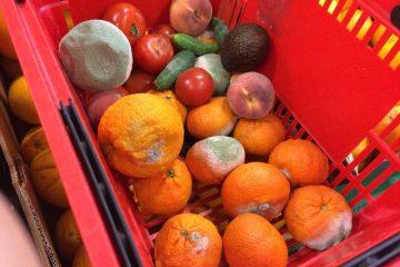 Sancțiuni pentru magazinele hipermarket şi supermarket care comercializează legume şi fructe proaspete