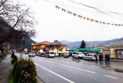 Transport ilegal de persoane în Neamț: confiscări – 2950 lei, 3.500 de Euro, 700 lire sterline, bunuri de 2.500 Euro
