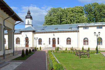 """Încă 20 de locuri la Grădinița cu program prelungit """"Episcop Melchisedec"""" Roman"""