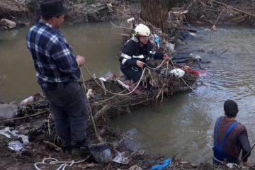 Astăzi, un bătrân a fost găsit mort într-un pârâu la Hociungi – Moldoveni