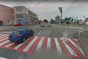 Romașcanii sesizează: schimbarea timpilor semafoarelor din intersecția de la gară produce blocaje mari în trafic