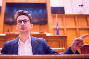 """Iulian Bulai: """"Domnule ministru Cuc, sunteți persona non grata în Moldova! Avem nevoie de autostrăzi, nu de promisiuni false!"""""""