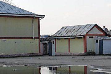 """Iulian Bulai: """"Primarii din Neamț au bani în fiecare an pentru chermeze, dar nu au bani pentru toaletele școlare!"""""""