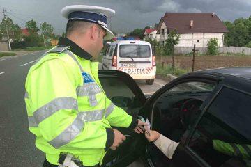 Depistat la Secuieni, pe E85, cu permisul suspendat