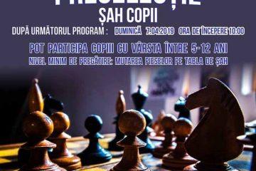 Roman: Nu uitați, duminică, 7 aprilie, mergeți cu copiii la preselecție pentru Secția de Șah. Pregătirea este gratuită