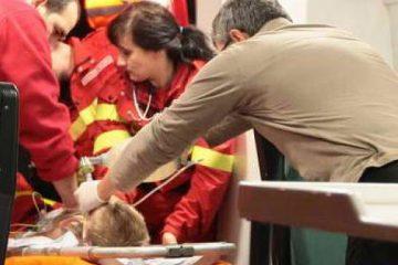 Un băiețel de 2 ani, din Moreni, ars cu lichid fierbinte, a fost dus de urgență la Iași