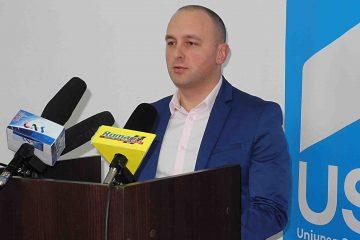 """""""Mă întorc acasă, la politica de lângă cetățean!"""" Radu Samson va demisiona din funcția de președinte USR Neamț"""