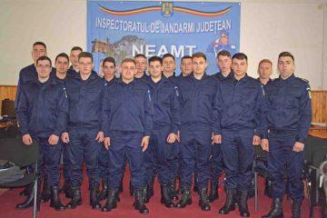 16 elevi jandarmi, în practică la Jandarmeria Neamţ