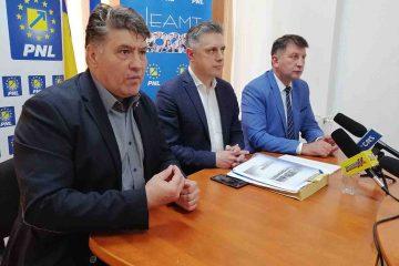 """Laurențiu Leoreanu: """"Neperformanța se datorează celor două elemente susținute și promovate de PSD – Prostia și Hoția!"""""""