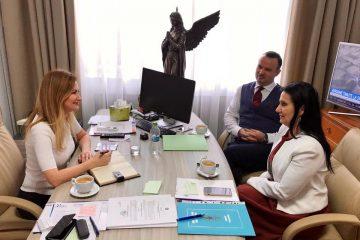 Oana Bulai: Spitalul Roman va primi aparatură medicală și un computer tomograf