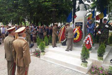 Manifestare solemnă și onoruri militare pentru Panaite Donici, la Biserica din Horia