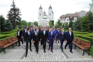 PNL Neamț: Președintele României și PNL și-au dat mâna pentru Referendumul pe Justiție