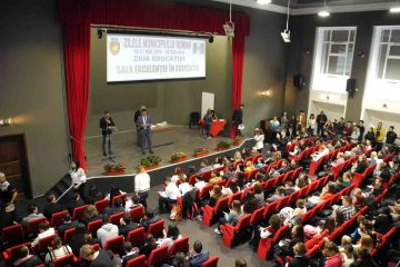 Gala Excelenței în Educație – Roman 2019: lista profesorilor premiați