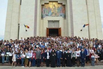 Premii obținute de elevii din Roman la Olimpiada Națională de Religie Ortodoxă