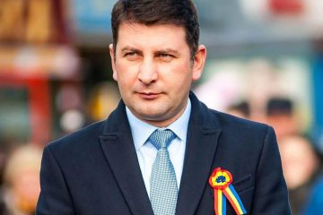 """Lucian Micu: """"De mâine, vă invit să sărbătorim Zilele municipiului Roman"""". La mulți ani, Roman, la mulți ani, romașcani!"""