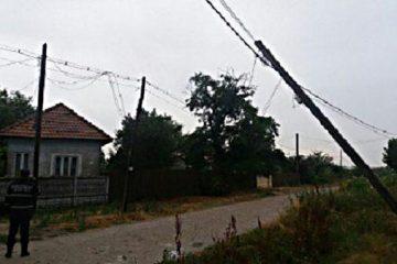 Furtună în Neamț: peste 1.700 de consumatori fără energie electrică