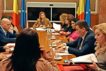 """Oana Bulai: """"Guvernul se ține de cuvânt! A fost adoptată Ordonanța prin care se asigură resurse pentru salariile din Sănătate"""""""