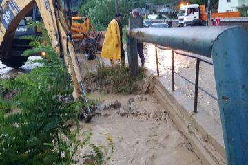 Furtună în Neamț: 29 de localități afectate, peste 13.500 de consumatori fără curent