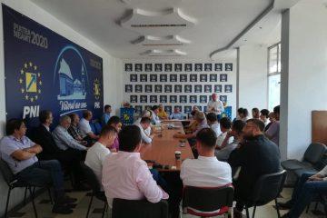 Decizii ale BPJ al PNL: retragerea sprijinului politic pentru primarul de Văleni, dizolvarea organizației Mărgineni