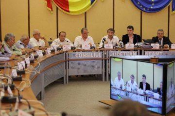 """Ionel Arsene: """"Consilierii județeni PNL pun interesele de partid pe primul loc. Au votat împotriva rectificării bugetare. Județul Neamț este blocat!"""""""