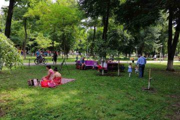 Sunteți invitați la Picnic în Parcul Municipal Roman – o zi plină de activități și de distracție, pentru toate vârstele