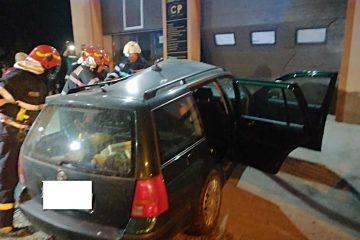 Neamț: accident rutier cu o victimă. Un autoturism a fost izbit de un TIR