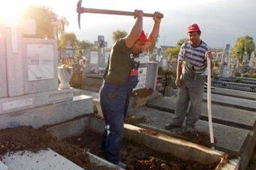 Municipal Locato Roman angajează gropari, șofer, muncitor și magaziner