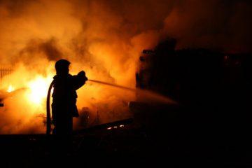 Noaptea trecută: incendiu la o brutărie, la Dulcești, lângă Condor, zona Valea Neagră