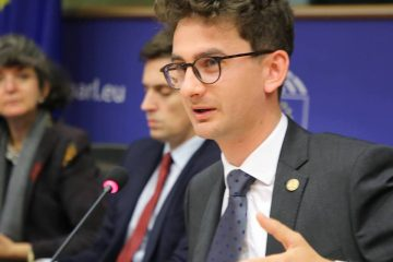 """Deputat Iulian Bulai: """"Se întâmplă în satul meu, Tămășeni! Nu apreciez mânăriile cu bani publici destinați școlilor și copiilor"""""""