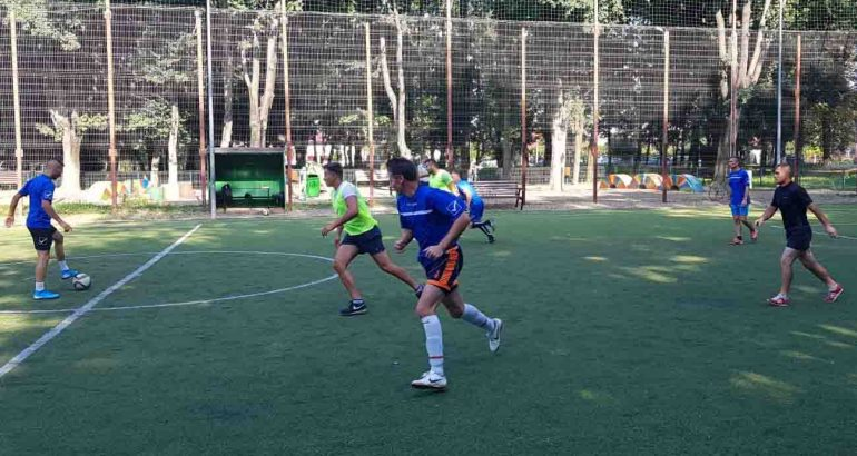 """Sâmbătă fotbalistică, la Roman: minifotbal """"Cupa Romanului"""", cu Bytrans, Euroimpact, Extratereștrii și Marsat"""