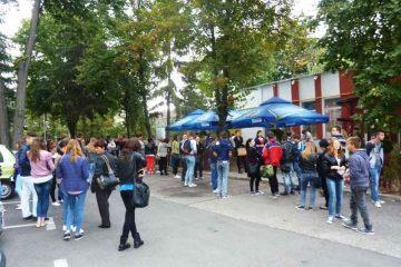 Bursa locurilor de muncă pentru absolvenți, la Piatra Neamț, Roman și Târgu Neamț, săptămâna viitoare