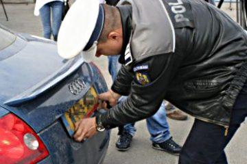 Acțiune amplă a polițiștilor din Neamț: au fost vizate mașinile înmatriculate în alte state