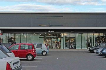 SiNSAY – un brand de modă renumit – ultimele pregătiri pentru deschiderea magazinului de la Roman Value Centre