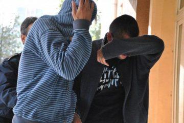 """Trei tineri """"meseriași"""" au lăsat localitatea Sagna fără ton la telefoane"""