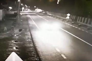 Video cu puternic impact emoțional: momentul în care mașina tânărului de 19 ani spulberă alte mașini