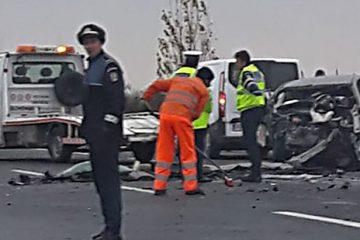 Bilanț tragic al accidentului de pe E85/DN2: trei morți. Femeia, din Barticești, care a fost dusă la Spitalul Roman a murit