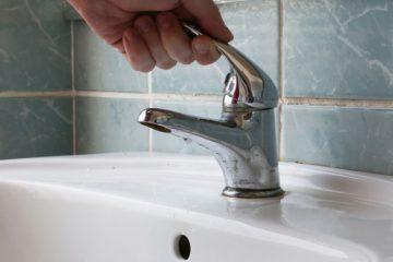 Roman: APASERV va opri apa pe mai multe străzi din cartierul N. Bălcescu, pentru cuplarea abonaților la noua rețea