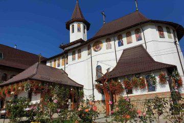 Mănăstirea Giurgeni așteaptă donațiile dumneavoastră pentru renovare, refacere picturi și pardoseli