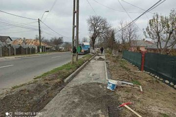 Au început lucrările de modernizare trotuare pe str. Bogdan Dragoș, de la podul Gâdinți spre Poliția Roman