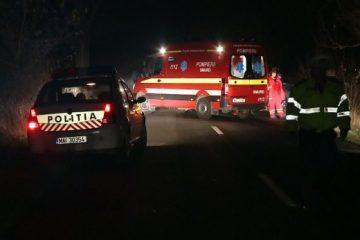 Două victime încarcerate la Gâdinți, noaptea trecută, în urma coliziunii între un autoturism și un autotren