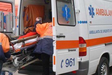 Ambulanța Neamț – intervenții: tânără de 19 ani, victimă într-un accident rutier, la Roman