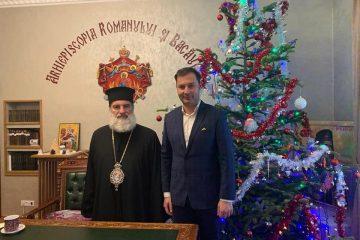 Prefectul de Neamț a primit binecuvântarea de la IPS Ioachim, arhiepiscopul Romanului și Bacăului
