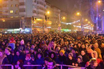 Întâlnirea romașcanilor, la cumpăna dintre ani, în Piața Roman Vodă – Programul Revelionului 2020