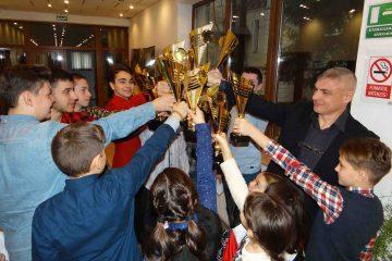 La mulți ani și la mulți campioni! – 30 de ani de QWAN KI DO, la Roman. Nu ratați, duminică, spectacolul festiv