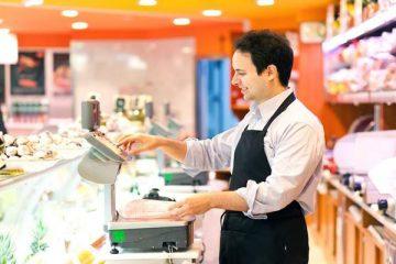 Posturi libere noi, la Piatra Neamț și Roman; angajatorii oferă salarii motivante, cursuri, tichete de masă
