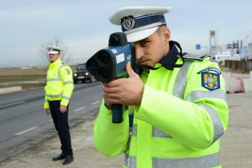 Acțiune amplă a polițiștilor rutieri din Neamț: 600 de sancțiuni și 83 de permise reținute